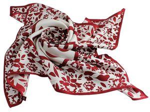 Фирменные платки, шарф, косынка, бандана